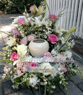 Soft Remembrance Photo or Cremation Wreath from Rose Garden Florist in Barnegat, NJ
